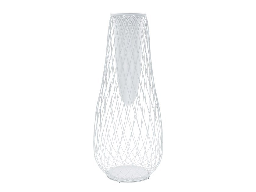 High steel garden vase HEAVEN | High garden vase by emu