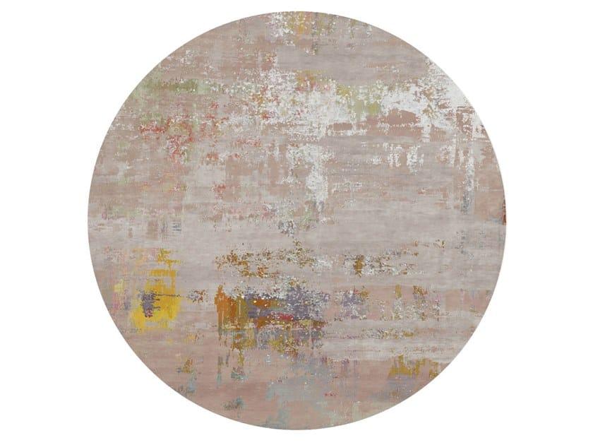 Handmade round rug HEDA COSTER by HENZEL STUDIO
