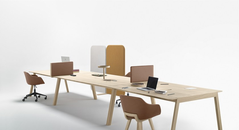 Rectangular Oak Meeting Table With Cable Management HELDU | Meeting Table  With Cable Management By ALKI