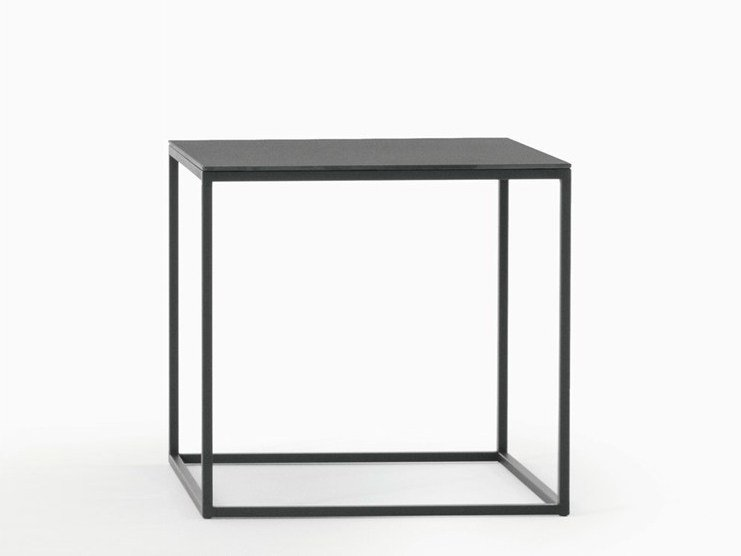 Square garden side table HELSINKI 15 OUTDOOR   Square coffee table by Desalto