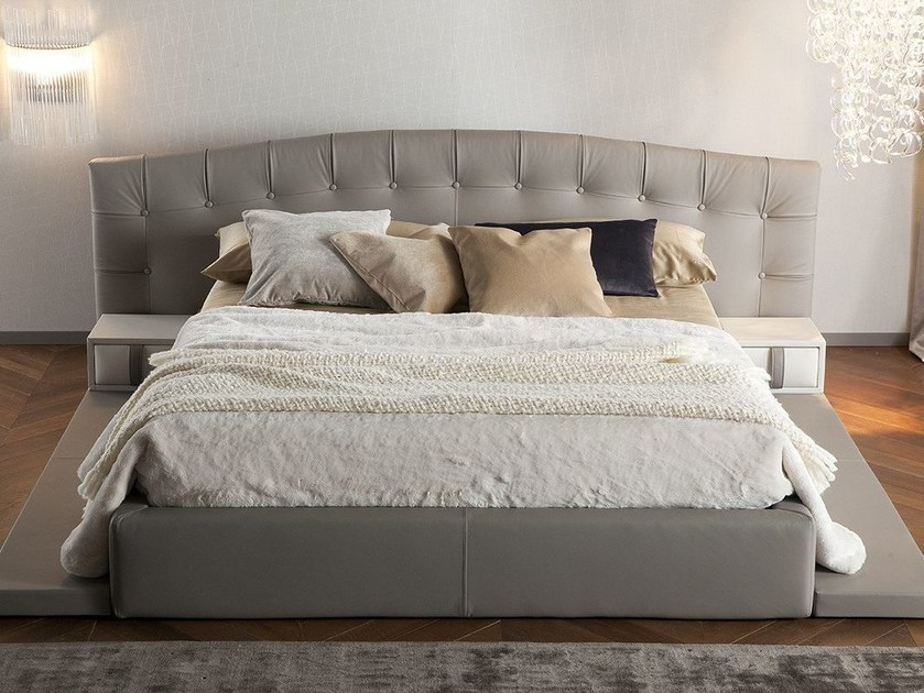 Leather bed with tufted headboard HERMAS by Chaarme Letti