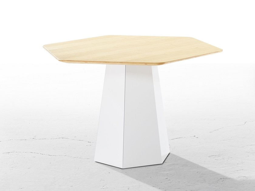 Steel and wood garden table HEXT | Steel and wood table by Derlot Editions