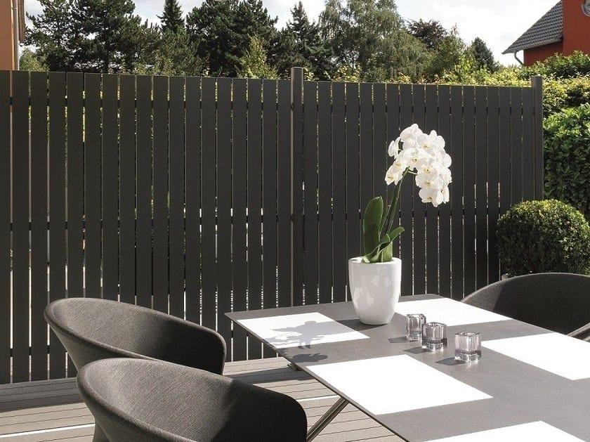 Frangivista in alluminio horizen aluminium squadra panel for Divisori giardino