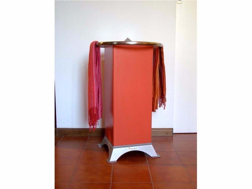 Ceramic Electric heater with towel rack HRS600S | Ceramic Electric heater by KarniaFire
