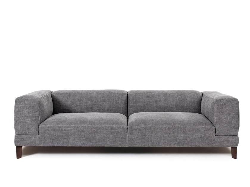 Upholstered fabric sofa HUB | Sofa by Montis
