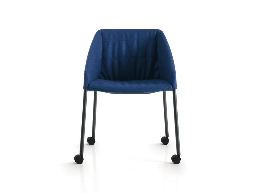 Fabric reception chair with armrests with casters HYWAY | Chair with casters by Quinti Sedute