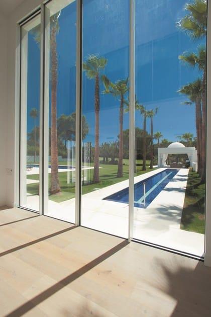 Porta finestra a filo muro a taglio termico con doppio - Porta finestra doppio vetro ...