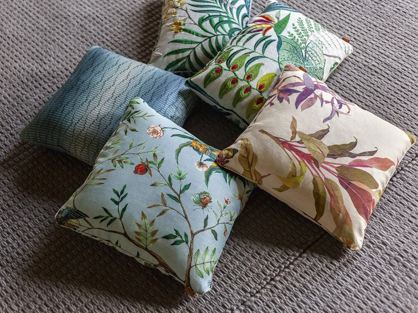 Fabric cushion I CUSCINI DECORATIVI by Poltrona Frau