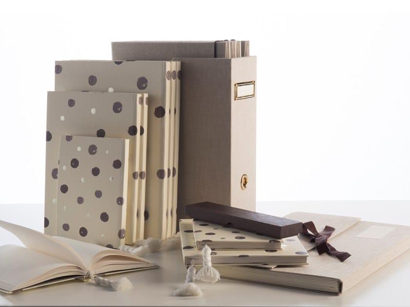 Paper notebook I QUADERNI DEL PAVONE by Esemplareunico