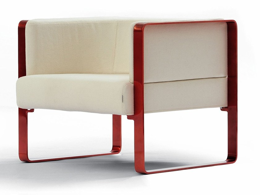 Upholstered fabric armchair with armrests IANUS | Armchair by Felicerossi
