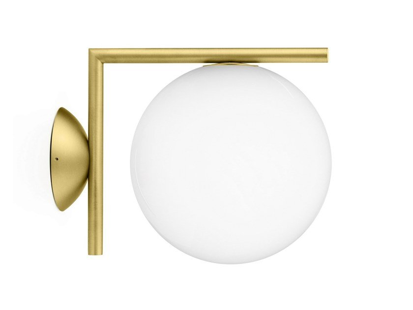 Applique en verre opale ic lights cw by flos design michael