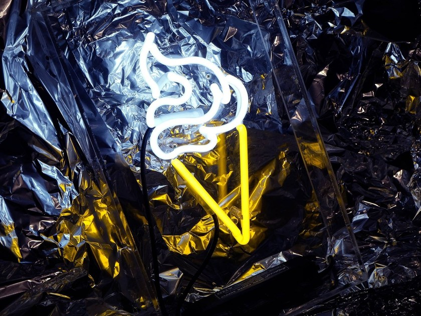 Handmade neon table lamp ICE CREAM by sygns