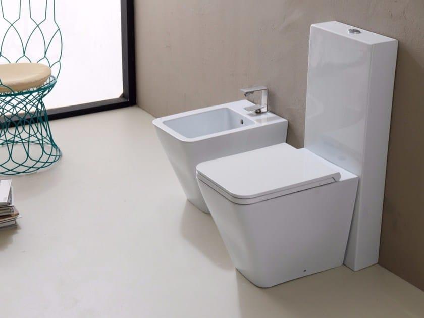 Close coupled ceramic toilet ICON CISTERN by Alice Ceramica