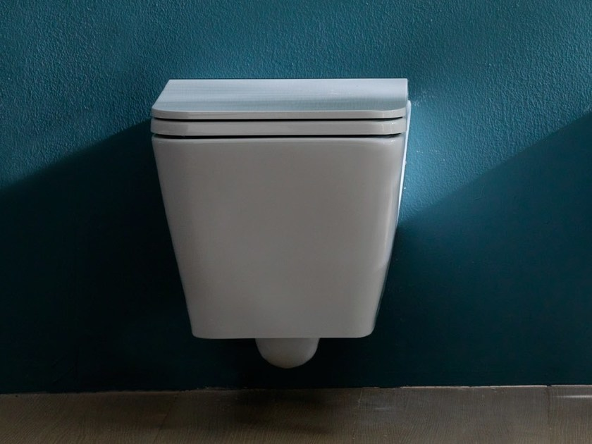 Wall-hung ceramic toilet ICON SQUARE | Wall-hung toilet by Alice Ceramica