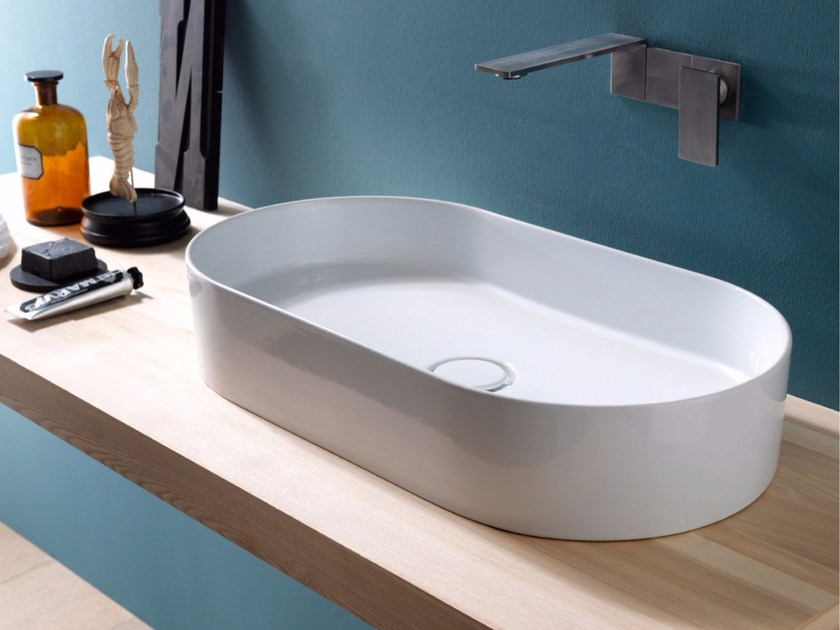 Countertop oval ceramic washbasin ICON STADIUM by Alice Ceramica