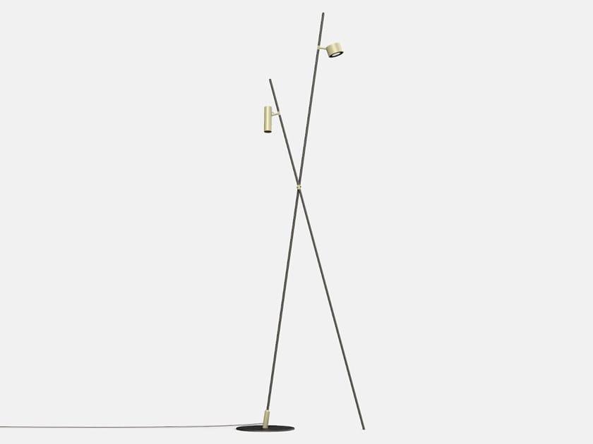 Lampada da terra per esterno a LED orientabile IFERROSI - DOPPIO PALO by Lucifero's