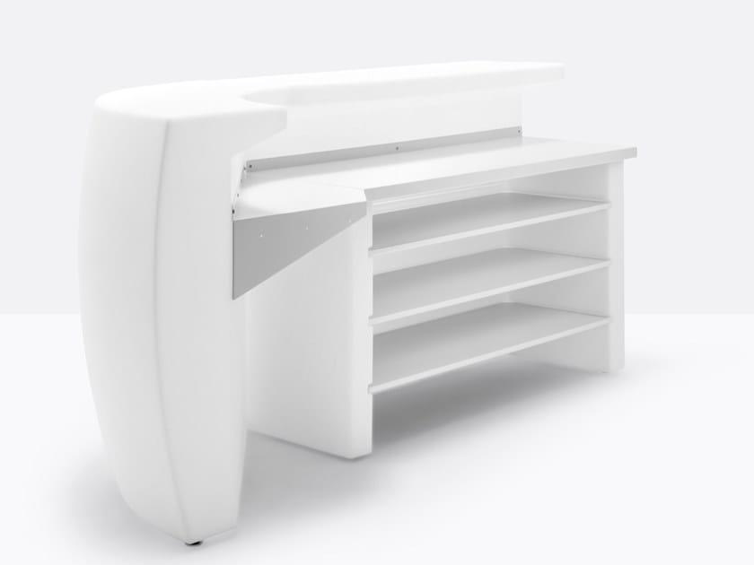 Polyethylene bar counter IGLOO by Pedrali