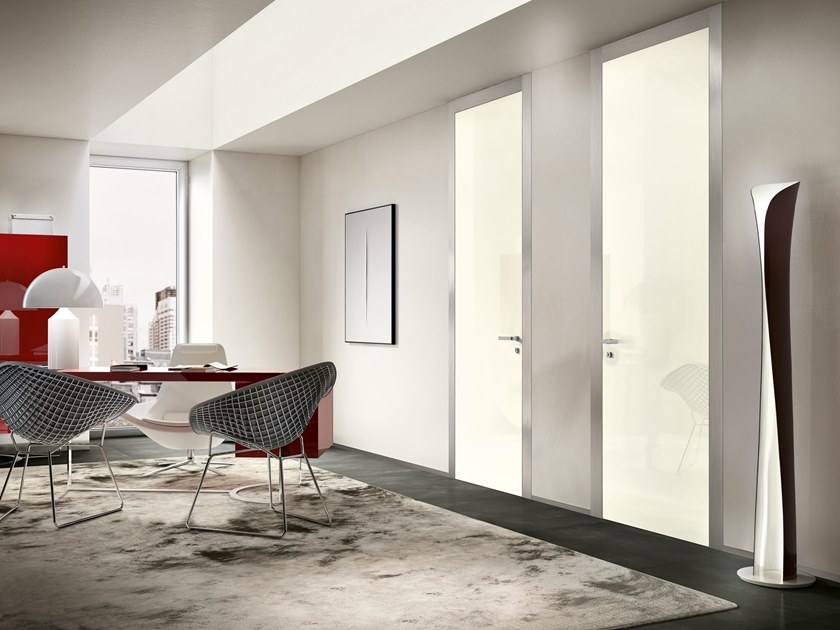 Hinged wooden door IKI 80G GLOSSY WHITE LACQUERED by GD DORIGO