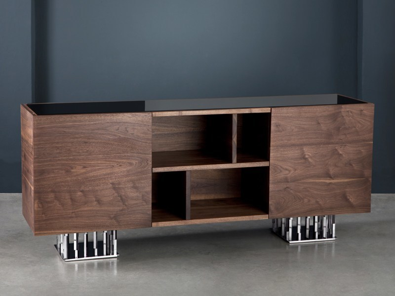 Walnut sideboard with doors IL PEZZO 9 | Sideboard by Il Pezzo Mancante