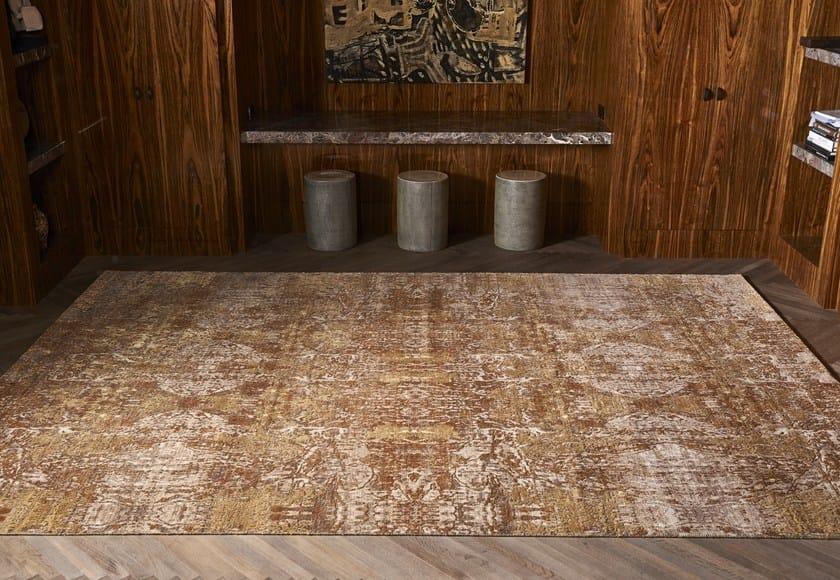 Patterned handmade silk rug ILLUSION MAGIC IVORY BLUE by EBRU