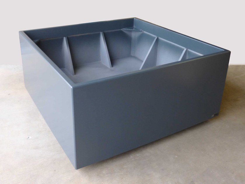Planters on concealed casters with brake by retractable foot IMAGE'IN by IMAGE'IN