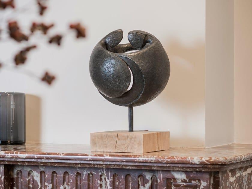 Bronze sculpture IN PERPETUUM by Gardeco