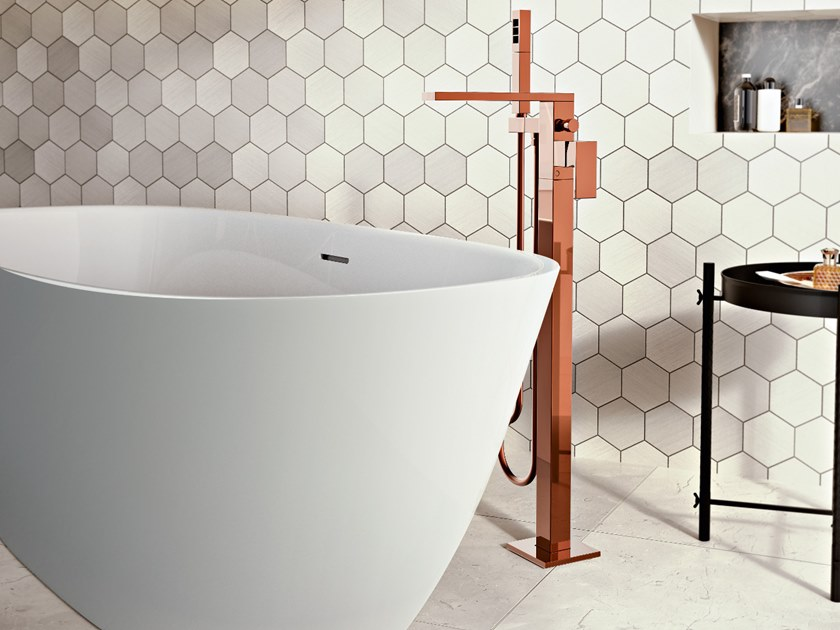 Miscelatore per vasca da terra con doccetta INCANTO | Miscelatore per vasca da terra by Graff Europe West