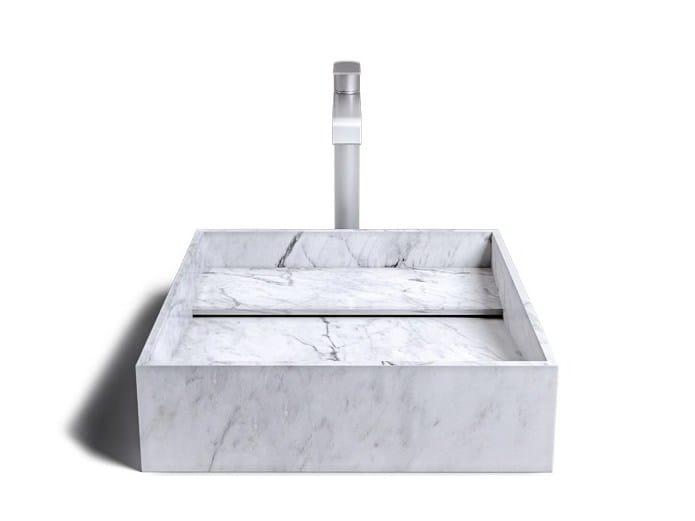 INCLINIO | Lavabo in marmo di Carrara