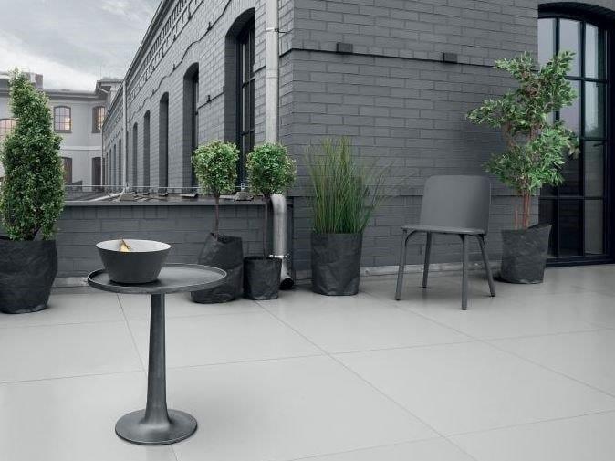 Full-body porcelain stoneware outdoor floor tiles INDUSTRIO | Outdoor floor tiles by tubadzin