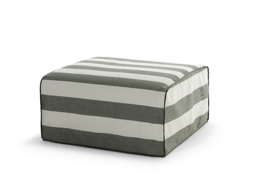 Square fabric garden pouf INOUT 408 by Gervasoni