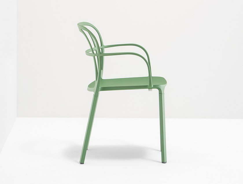 Die cast aluminium chair with armrests INTRIGO by Pedrali