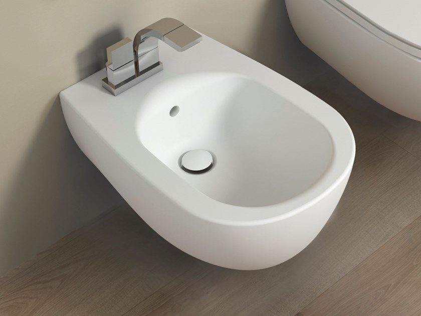 Wall-hung bidet with overflow IO 2.0 | Bidet by CERAMICA FLAMINIA