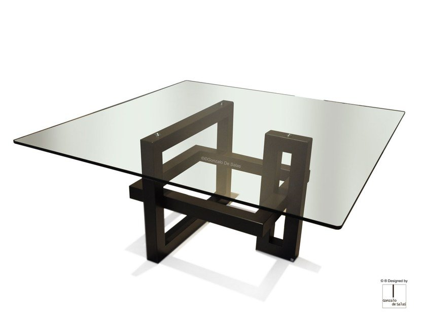 Square glass and iron dining table IOS | Square table by Gonzalo De Salas