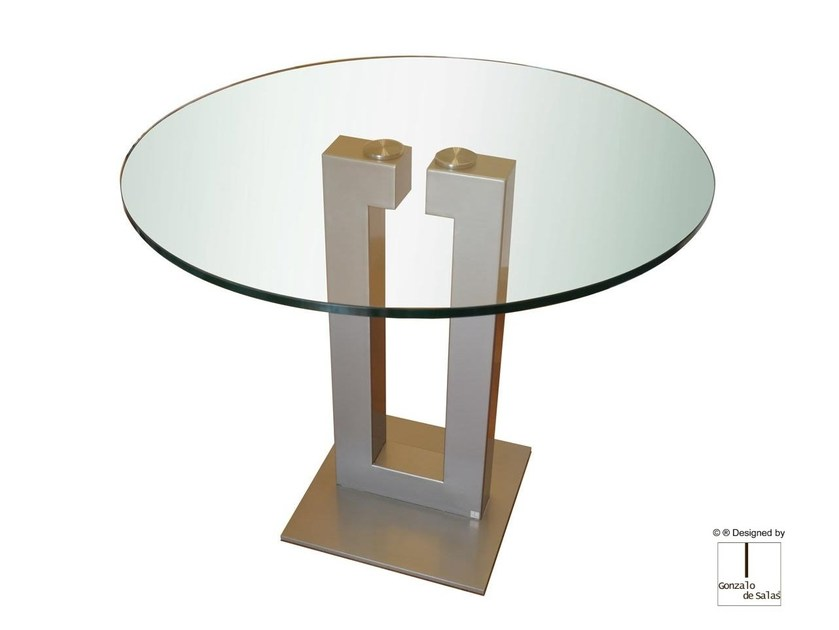 Glass dining table ISIS | Round table by Gonzalo De Salas