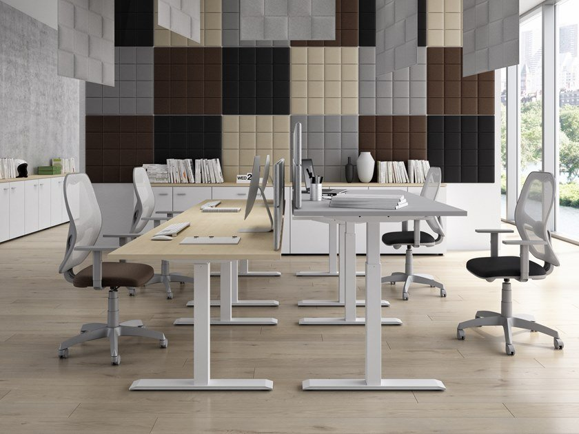 Height-adjustable office desk ISOLA | Height-adjustable office desk by CUF Milano