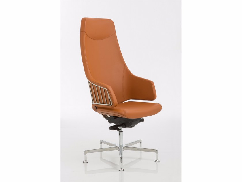 Height-adjustable executive chair with 5-spoke base ITALIA   Executive chair with 5-spoke base by Luxy