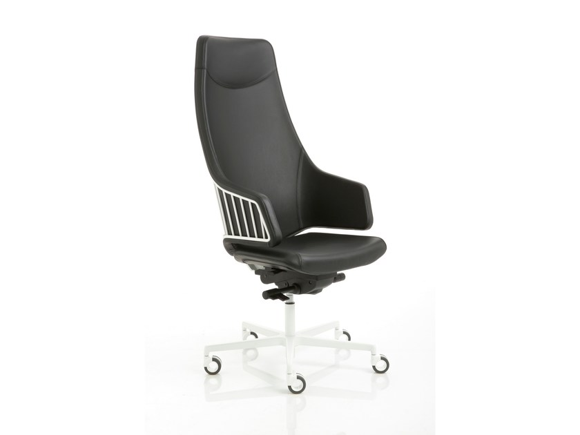 Height-adjustable executive chair with 5-spoke base with casters ITALIA | Executive chair with casters by Luxy
