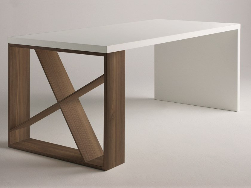 Table / writing desk J-TABLE by Casamania & Horm