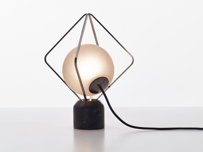 Lampada da tavolo in marmo e metallo JACK O' | Lampada da tavolo by BROKIS