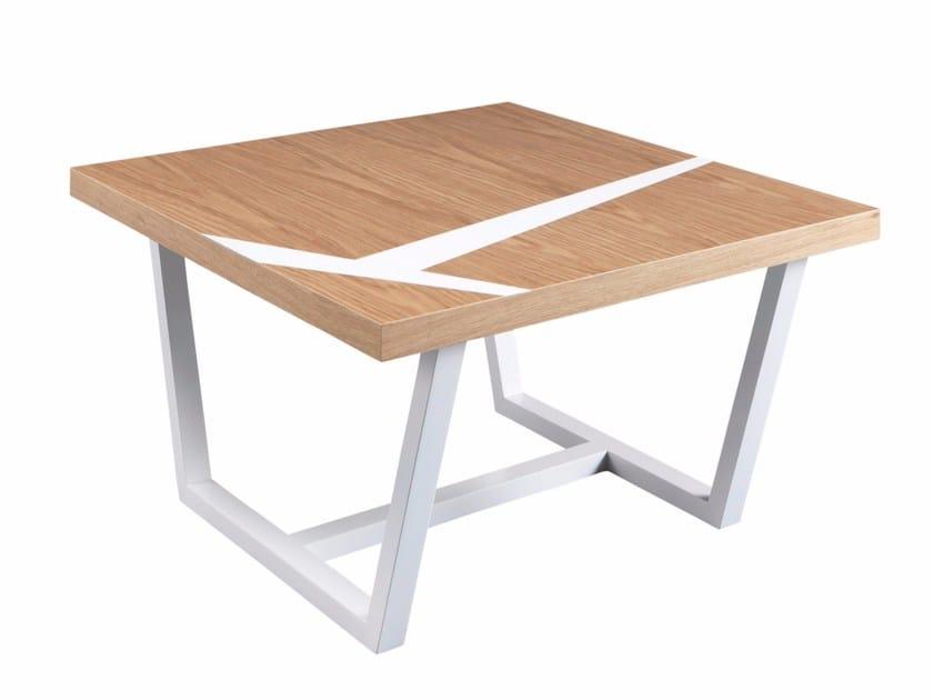 Square walnut coffee table JEANNE by AZEA