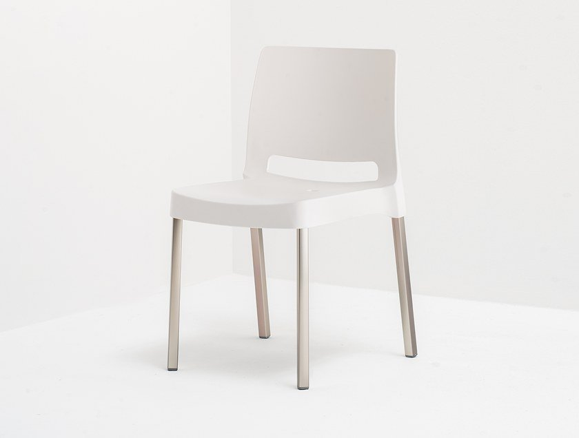 Stackable polypropylene chair JOI by Pedrali