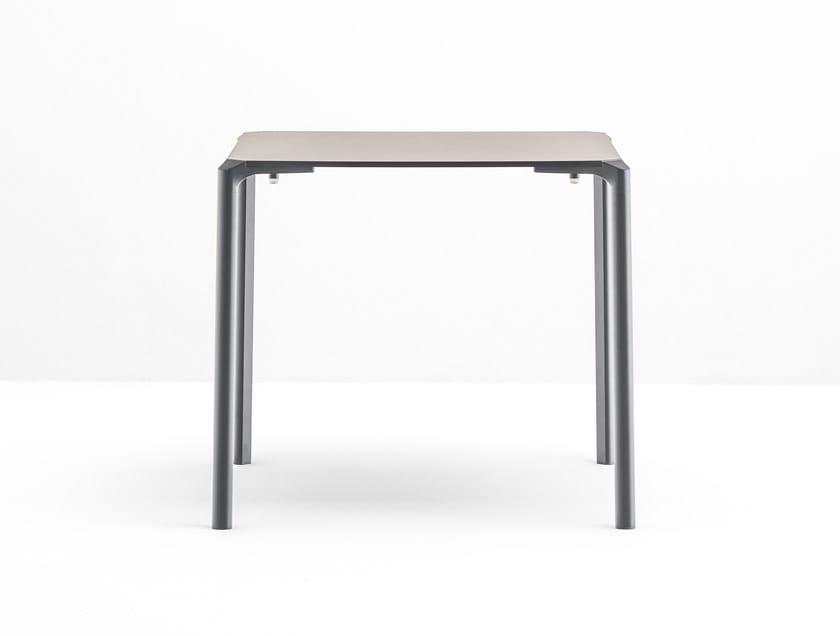 Pedrali Quadrato Impilabile Alluminio Jump In Tj4 Tavolo 8nvmON0w
