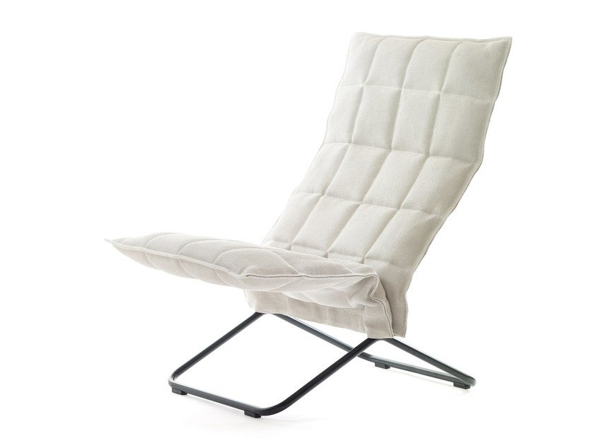 Fabric armchair K CHAIR by Woodnotes