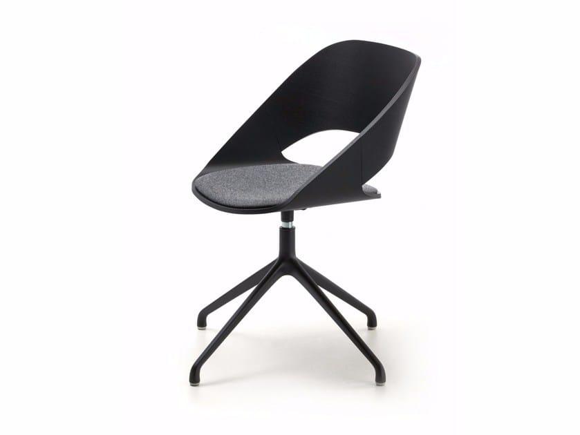 Swivel wooden chair with 4-spoke base KABIRA SP | Chair with 4-spoke base by arrmet