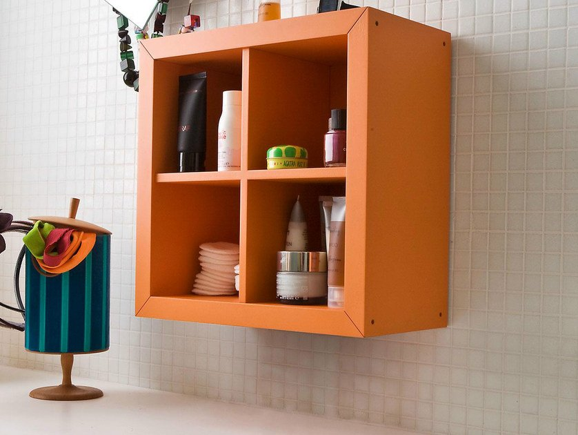 Open lacquered wall cabinet with shelves KADR | Wall cabinet by IFT