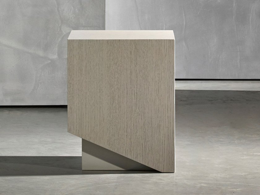 Square coffee table KAI | Square coffee table by Piet Boon