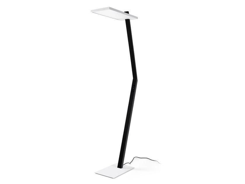 LED adjustable floor lamp KANTO by INDELAGUE | ROXO Lighting