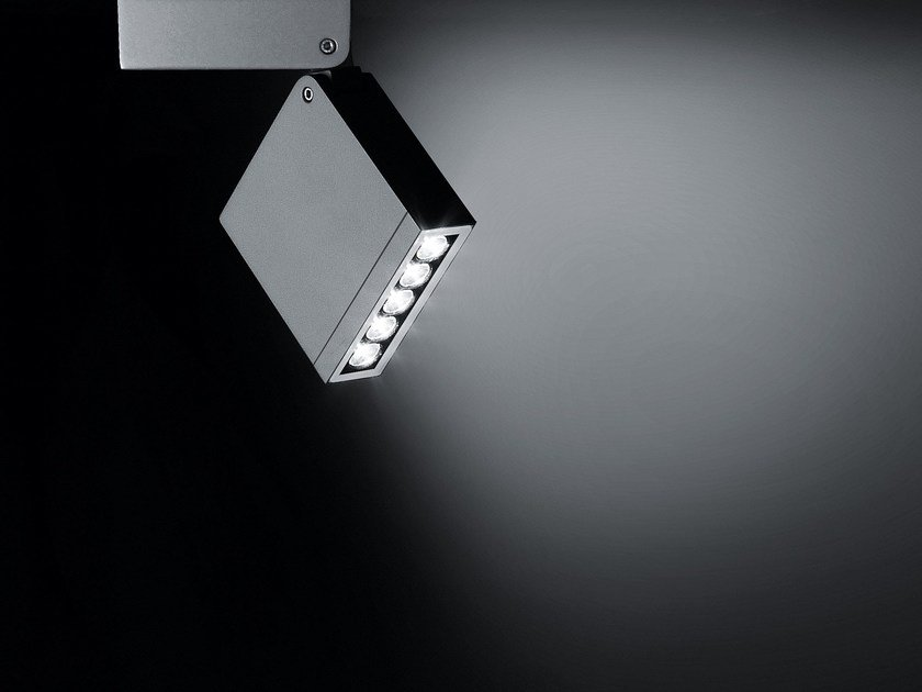 LED adjustable Outdoor floodlight KEEN by SIMES