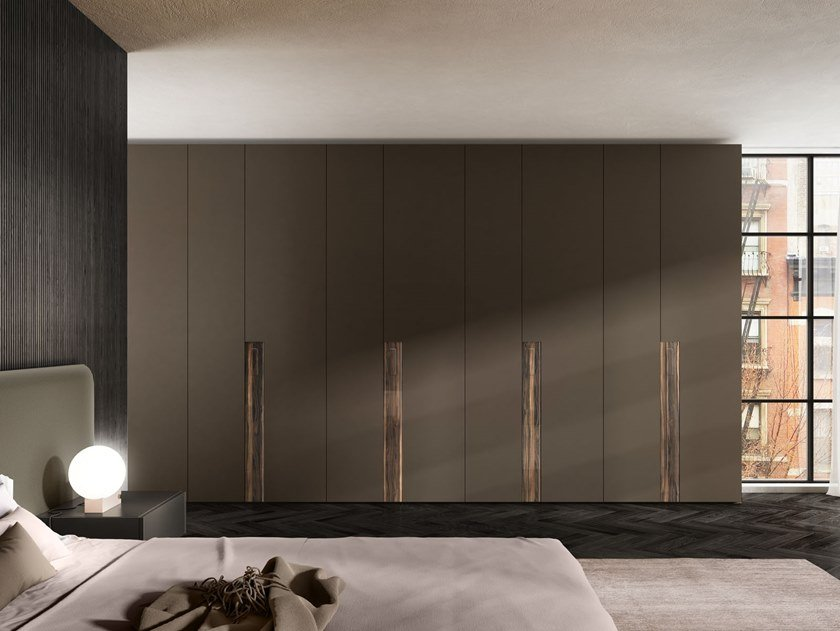 Built-in sectional wardrobe KEY by Lago