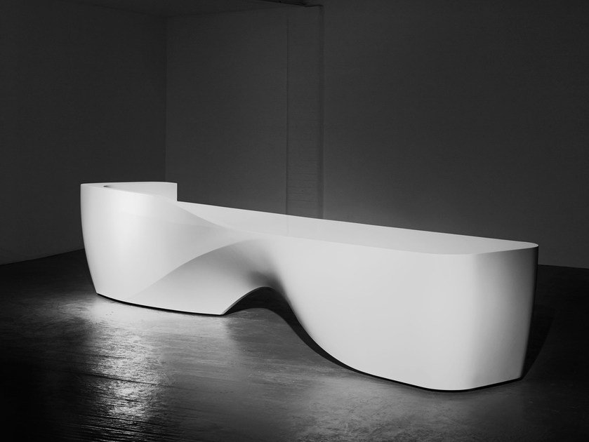 Solid Surface Reception desk KIN by Isomi